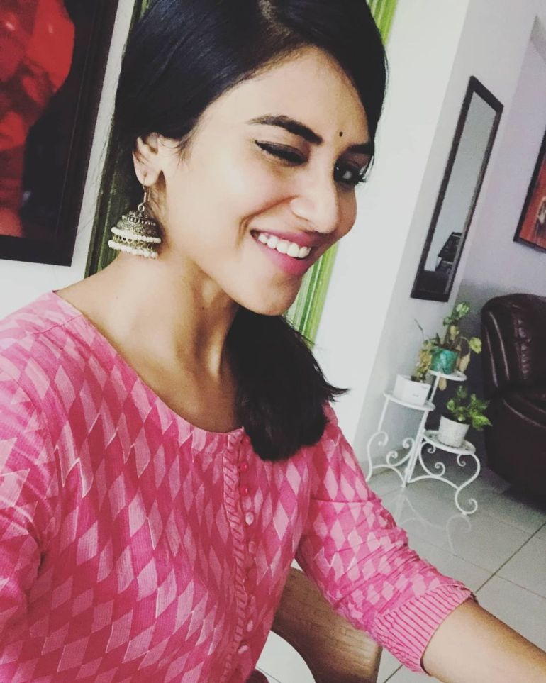 Indhuja Ravichandran Wiki, Age, Biography, Movies, and Beautiful Photos 117