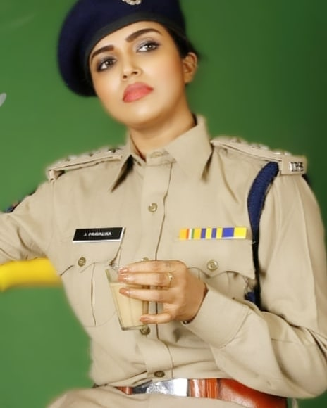 Karunya Chowdary Wiki, Age, Biography, Movies, and Beautiful Photos 105