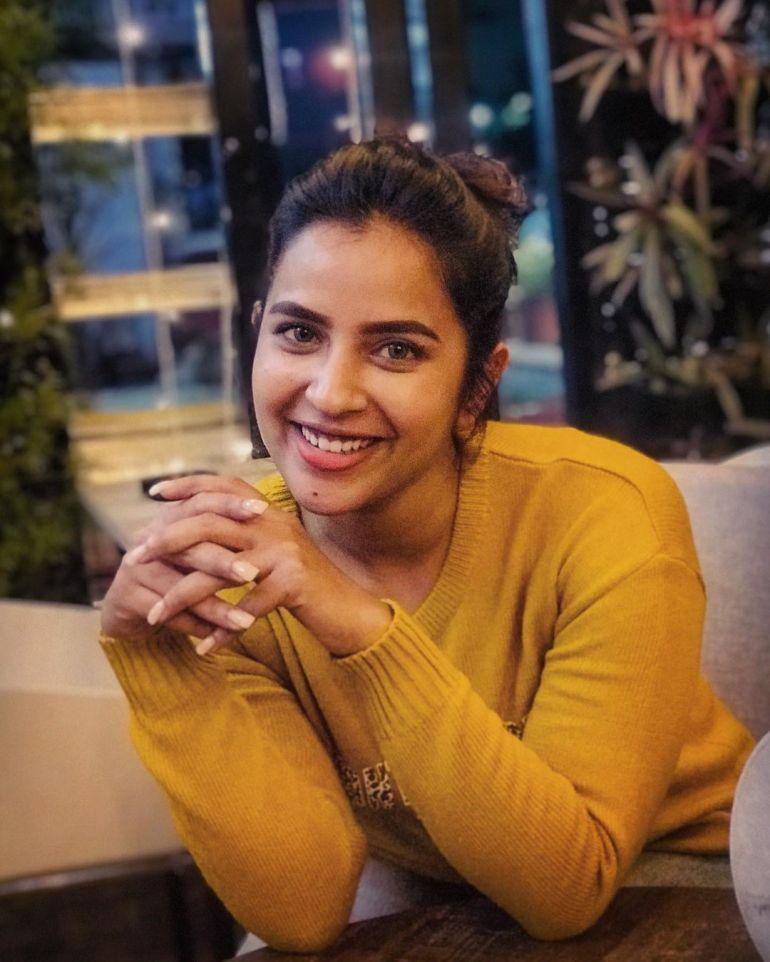 Komalee Prasad Wiki, Age, Biography, Movies, and Gorgeous Photos 121