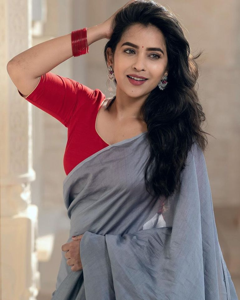 Komalee Prasad Wiki, Age, Biography, Movies, and Gorgeous Photos 122