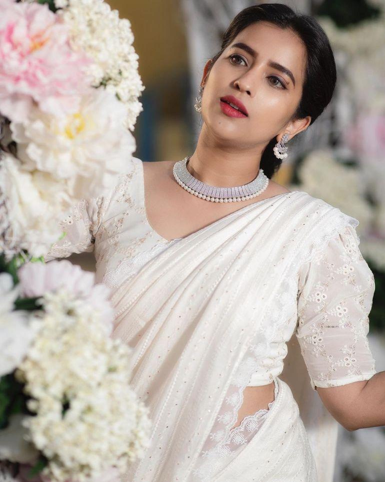 Komalee Prasad Wiki, Age, Biography, Movies, and Gorgeous Photos 127