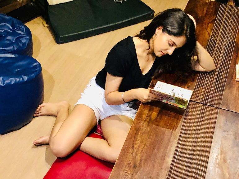 Malvi Malhotra Wiki, Age, Bio, Movies, Husband, Height, and Beautiful Photos 114