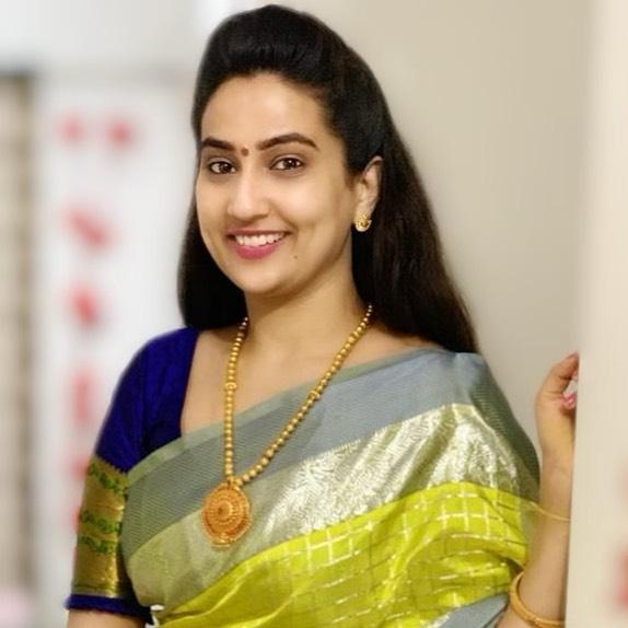 Manjusha Rampalli (Anchor Manjusha) Wiki, Age, Biography, Movies, and Stunning Photos 125
