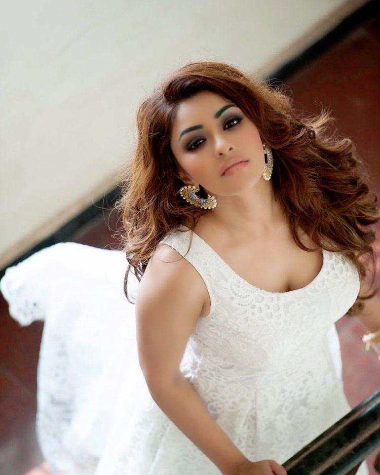 Payal Ghosh Wiki, Age, Biography, Movies, and Beautiful Photos 109