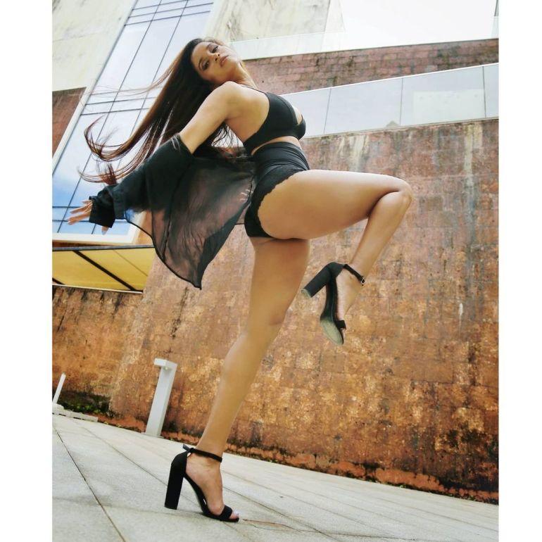 Pooja Bhalekar Wiki, Age, Biography, Movies, and Glamorous Photos 121