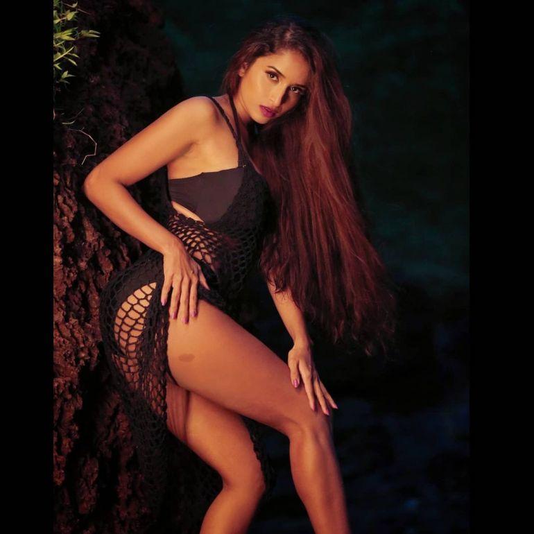 Pooja Bhalekar Wiki, Age, Biography, Movies, and Glamorous Photos 123