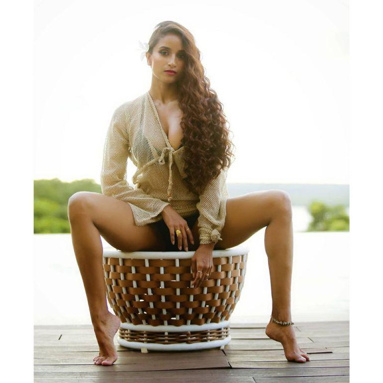 Pooja Bhalekar Wiki, Age, Biography, Movies, and Glamorous Photos 127