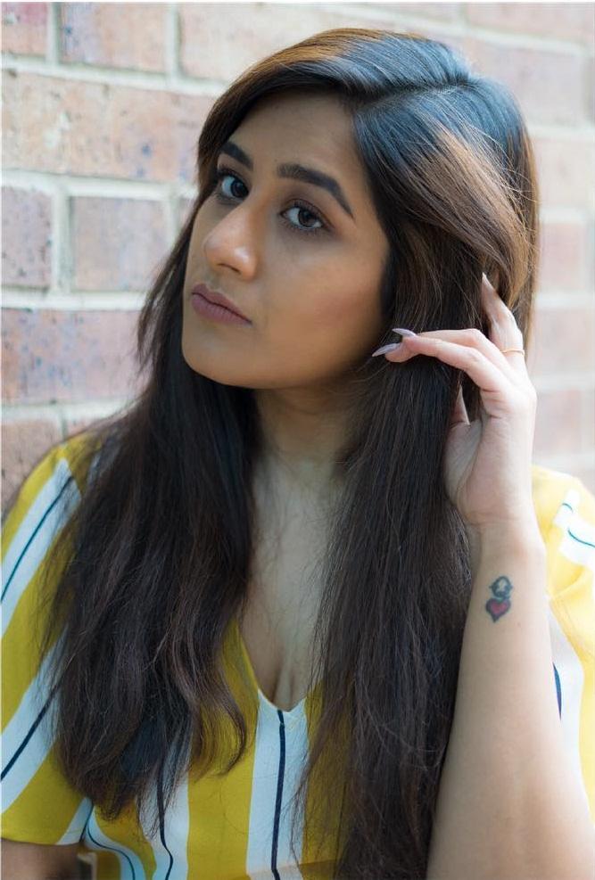 Poojitha Kuraparthi Wiki, Age, Bio, Movies, Husband, Height, and beautiful Photos 113