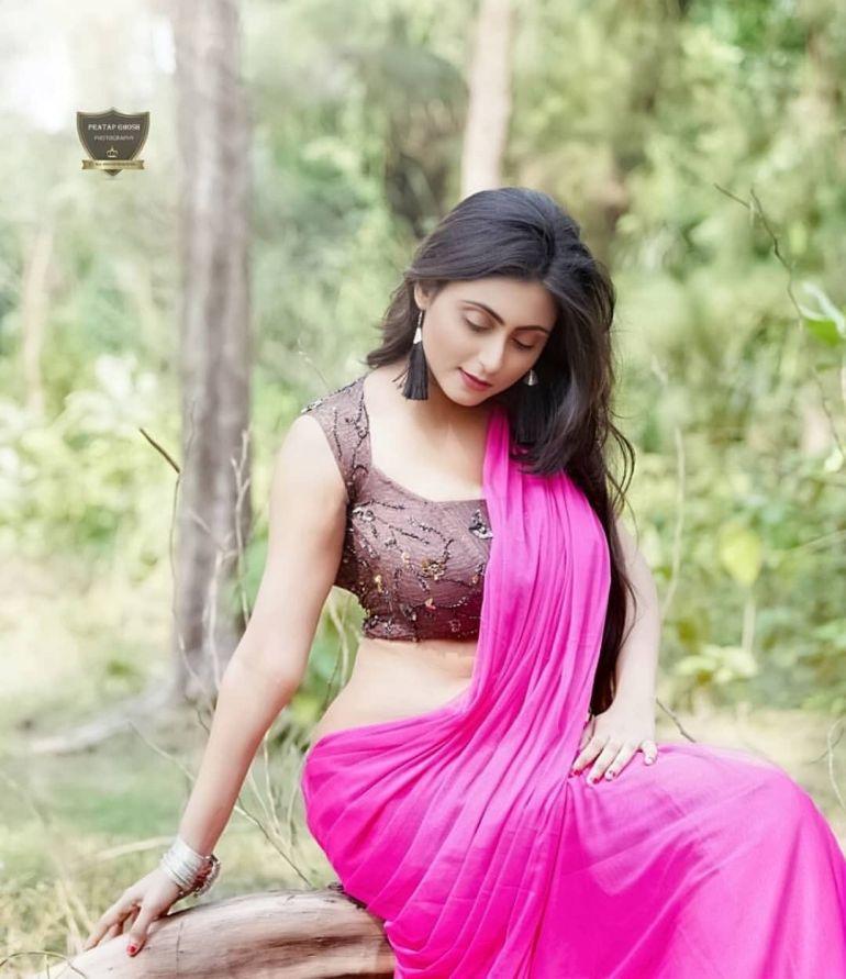 Bengali Model Priya Chakraborty Wiki, Age, Biography, Movies, and Beautiful Photos 123