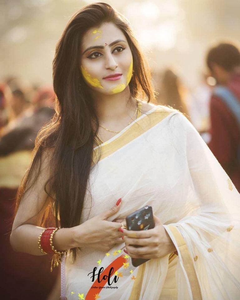 Bengali Model Priya Chakraborty Wiki, Age, Biography, Movies, and Beautiful Photos 124