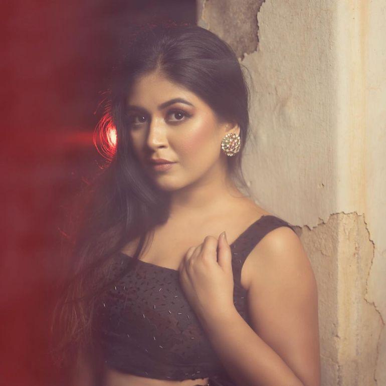Raksha Somashekhar Wiki, Age, Biography, Movies, and Charming Photos 108