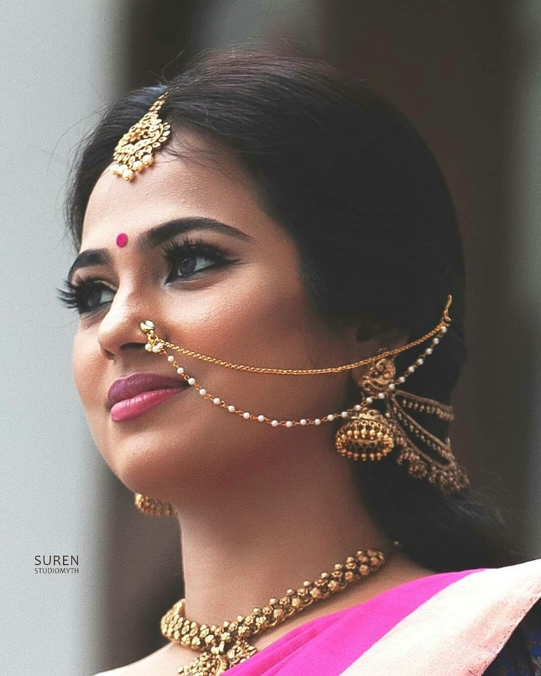 Ramya Pandian(Ramya Pandiyan) Wiki, Age, Bio, and Beautiful Photos 112