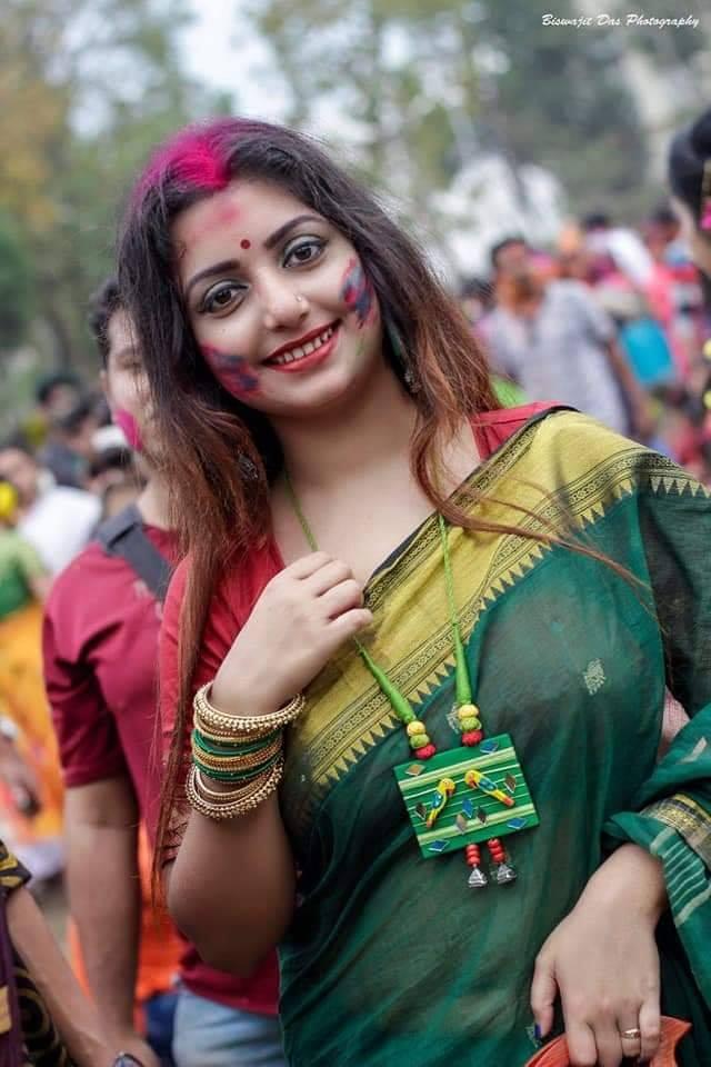 Rupsa Saha Chowdhury Wiki, Age, Biography, Movies, and Glamorous Photos 117