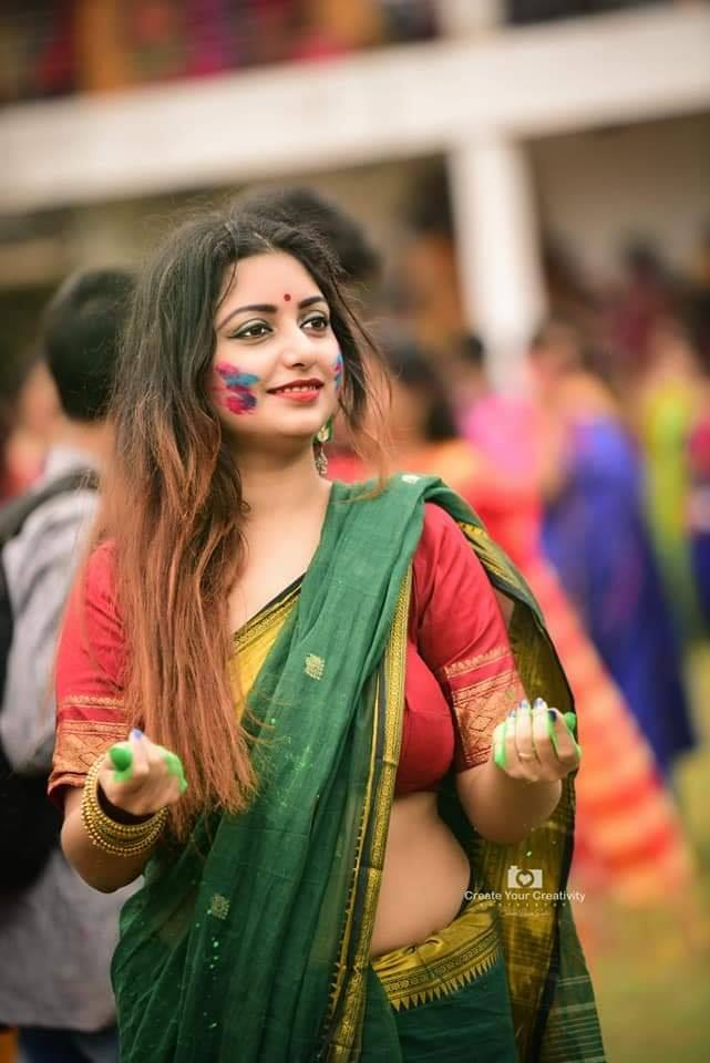 Rupsa Saha Chowdhury Wiki, Age, Biography, Movies, and Glamorous Photos 108