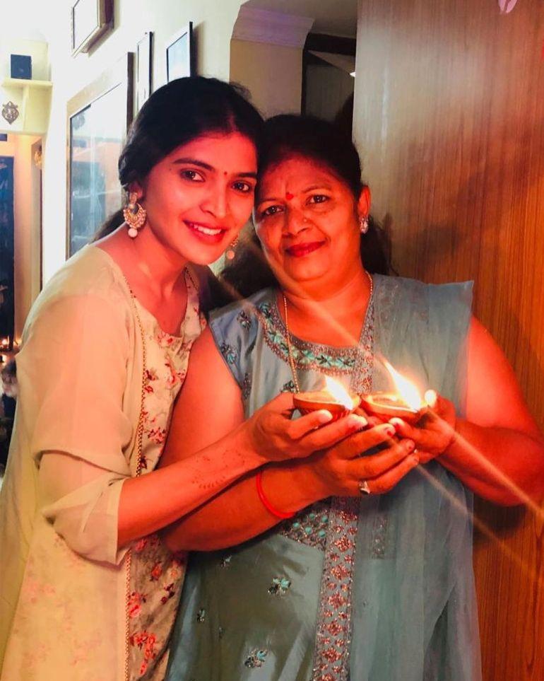 Sanchita Shetty Wiki, Age, Biography, Movies, and Beautiful Photos 102