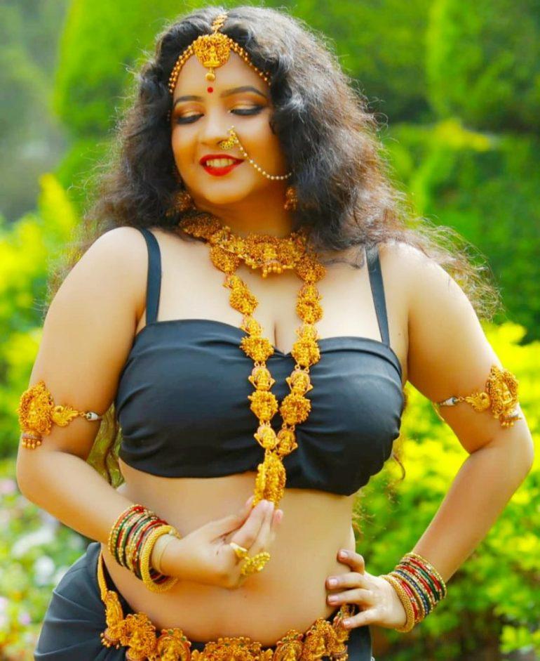 Shubha Poonja Wiki, Age, Biography, Movies, and Beautiful Photos 118