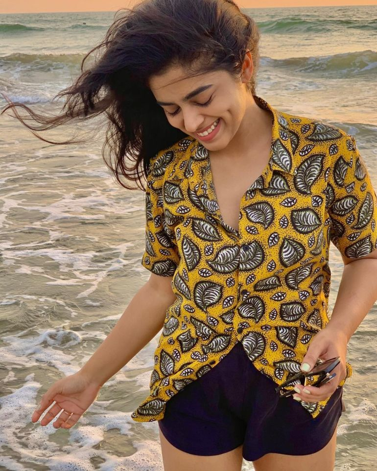 Siddhi Idnani Wiki, Age, Biography, Movies, and Gorgeous Photos 128