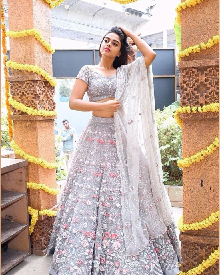 Siddhi Idnani Wiki, Age, Biography, Movies, and Gorgeous Photos 115