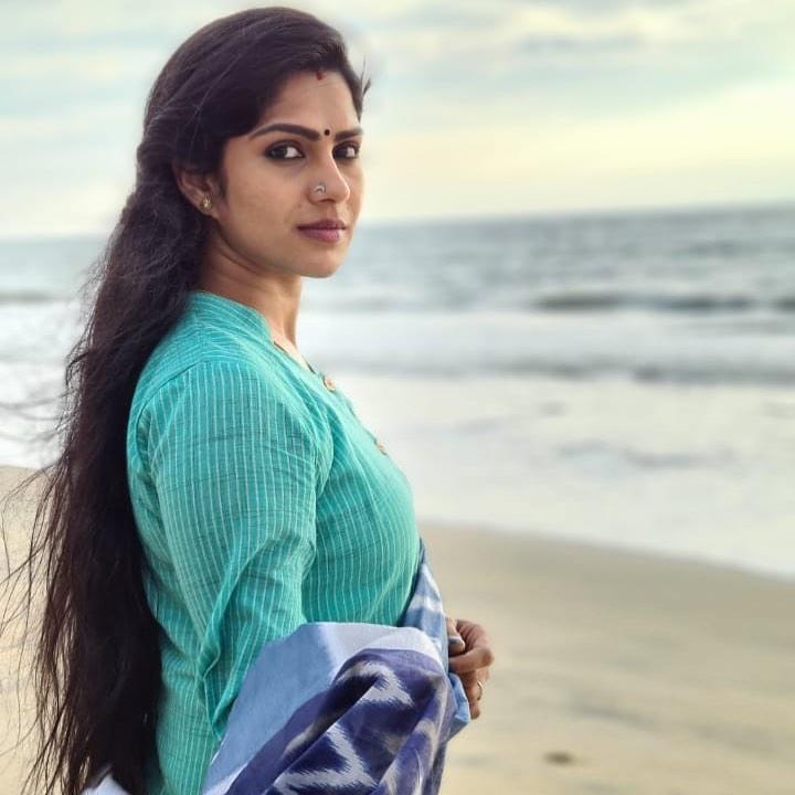 Swasika Vijay Wiki, Age, Biography, Movies, and Stunning Photos 103