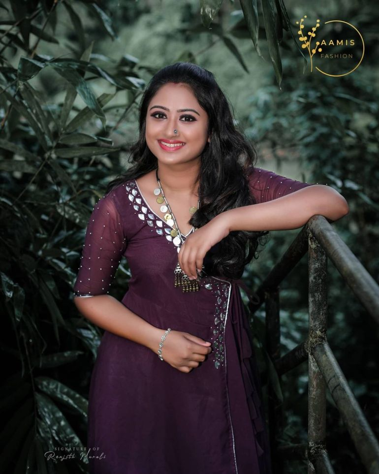 Swathy Nithyanand Bio, Wiki, Age, Husband, Serial, and Beautiful Photos 126
