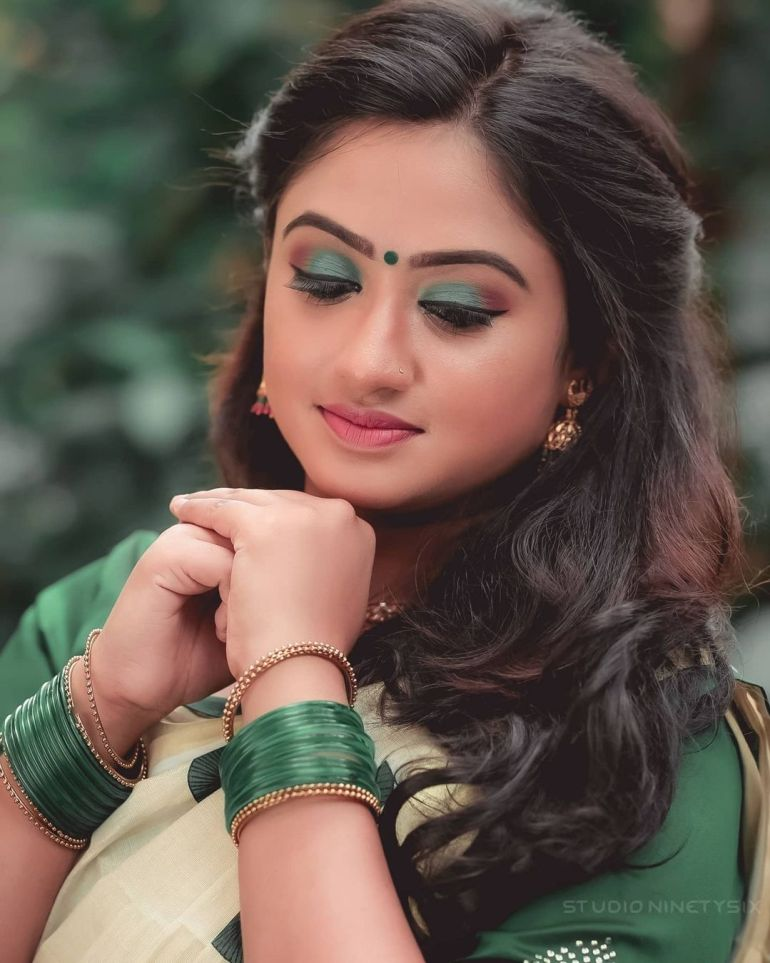 Swathy Nithyanand Bio, Wiki, Age, Husband, Serial, and Beautiful Photos 128