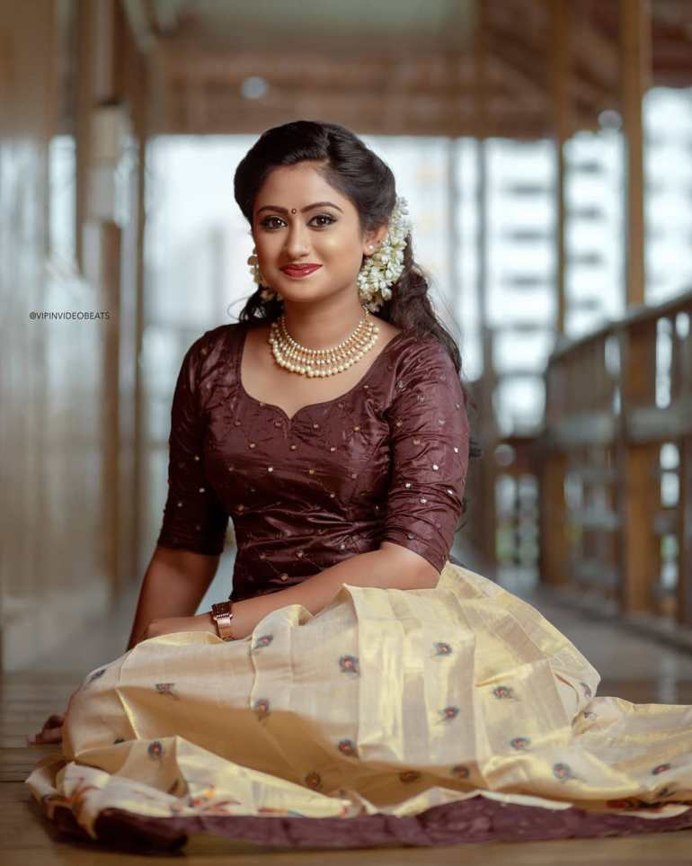 Swathy Nithyanand Bio, Wiki, Age, Husband, Serial, and Beautiful Photos 114