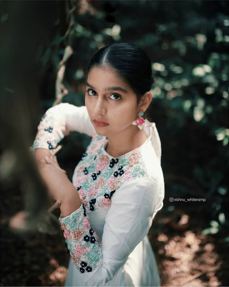 Anaswara Rajan Wiki, Biography, Age, Movies and Beautiful Photos 104
