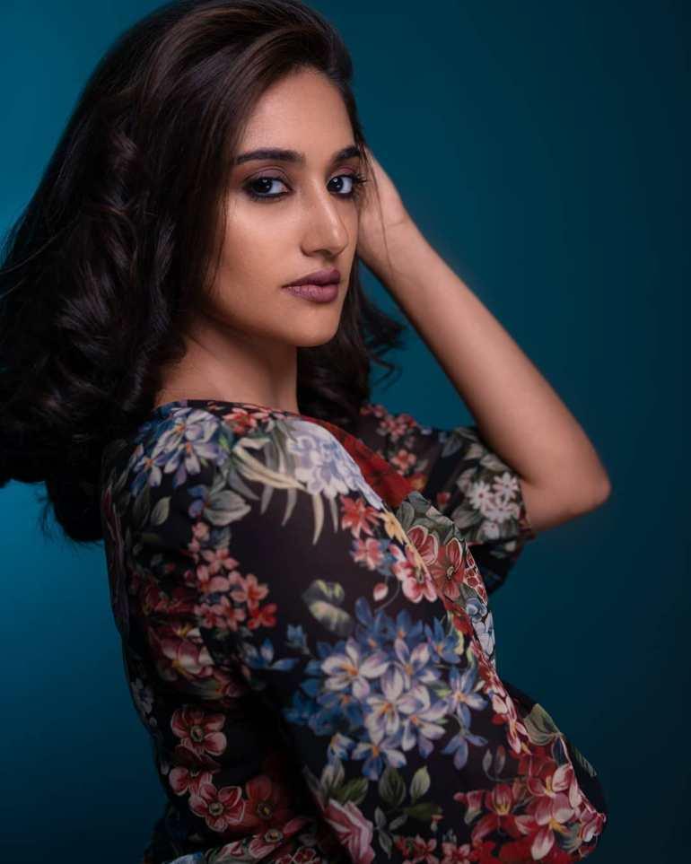 Anjana Jayaprakash Wiki, Biography, Web Series, Movies and Beautiful Photos 103