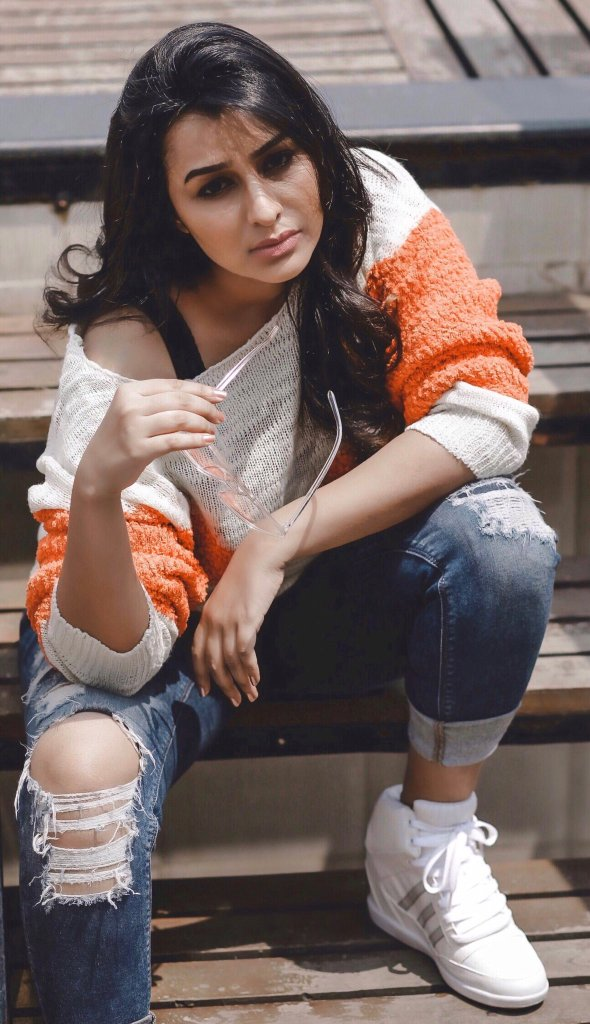 Gaadha Wiki, Age, Biography, Movies, and Gorgeous Photos 122