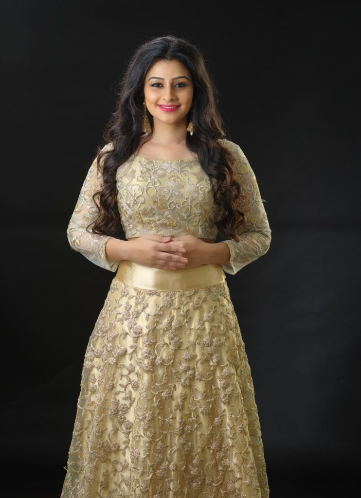 Gaadha Wiki, Age, Biography, Movies, and Gorgeous Photos 125