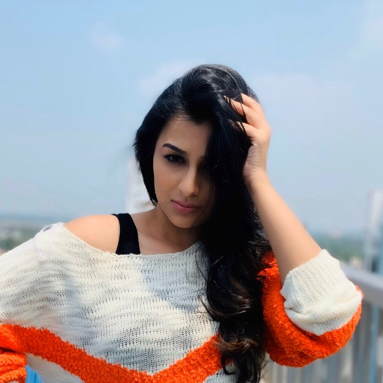 Gaadha Wiki, Age, Biography, Movies, and Gorgeous Photos 112