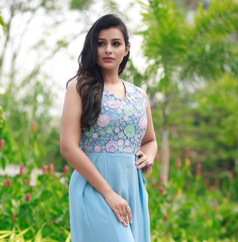 Gaadha Wiki, Age, Biography, Movies, and Gorgeous Photos 116