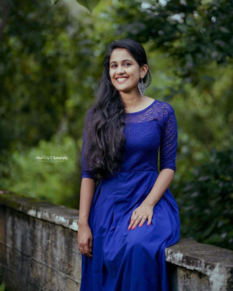 Hima Sumith Wiki/Biography, Age, Husband, TV Shows, and Beautiful Photos 114