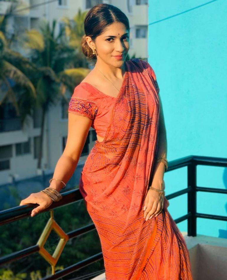 Iti Acharya Wiki, Age, Biography, Movies, and Gorgeous Photos 101