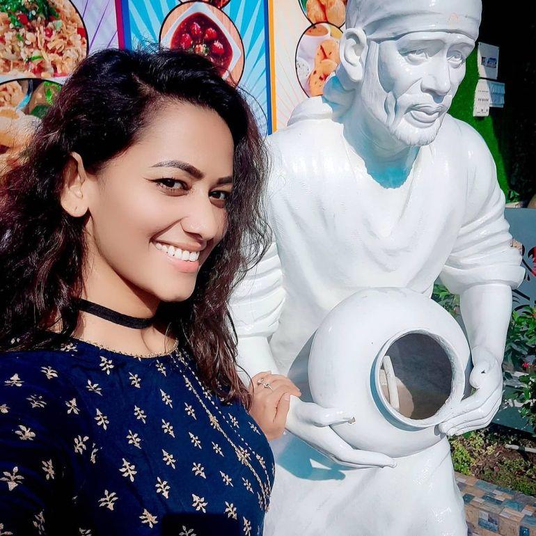 Sanjana Singh Wiki, Age, Biography, Movies, and Beautiful Photos 117