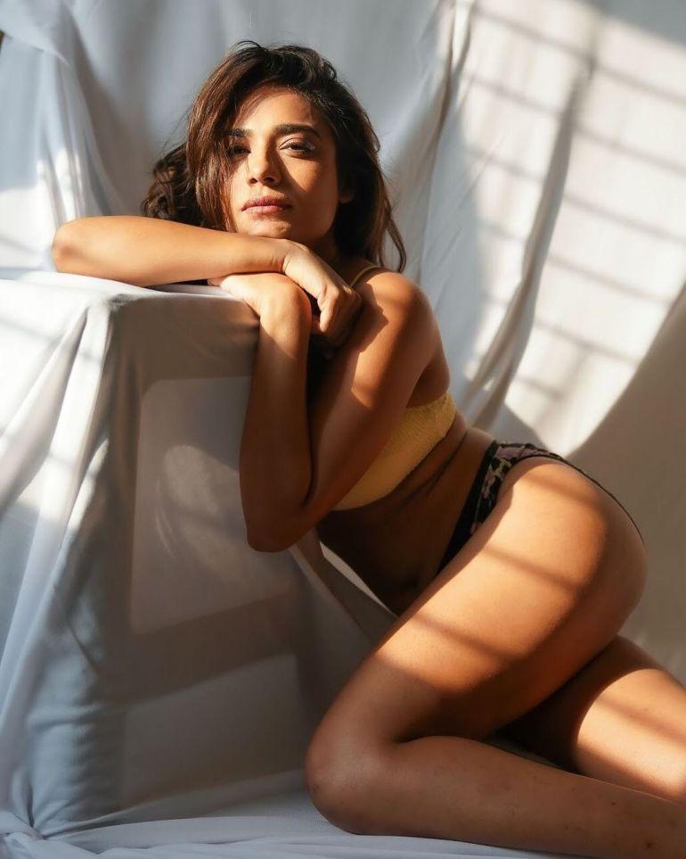 Sanya Bansal Wiki, Biography, Web Series, Movies, and Beautiful Photos 114