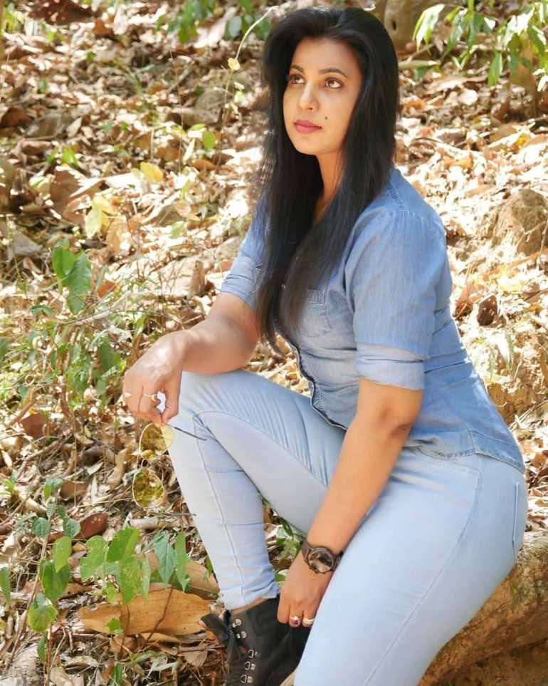 Shanaya Shaanu (Shanaya Shanu) Wiki, Age, Biography, Movies, and Gorgeous Photos 129