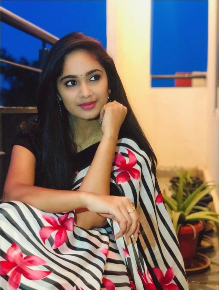 Tejaswini Gowda Wiki, Biography, Age, Boyfriend, Serial, and Beautiful Photos 113