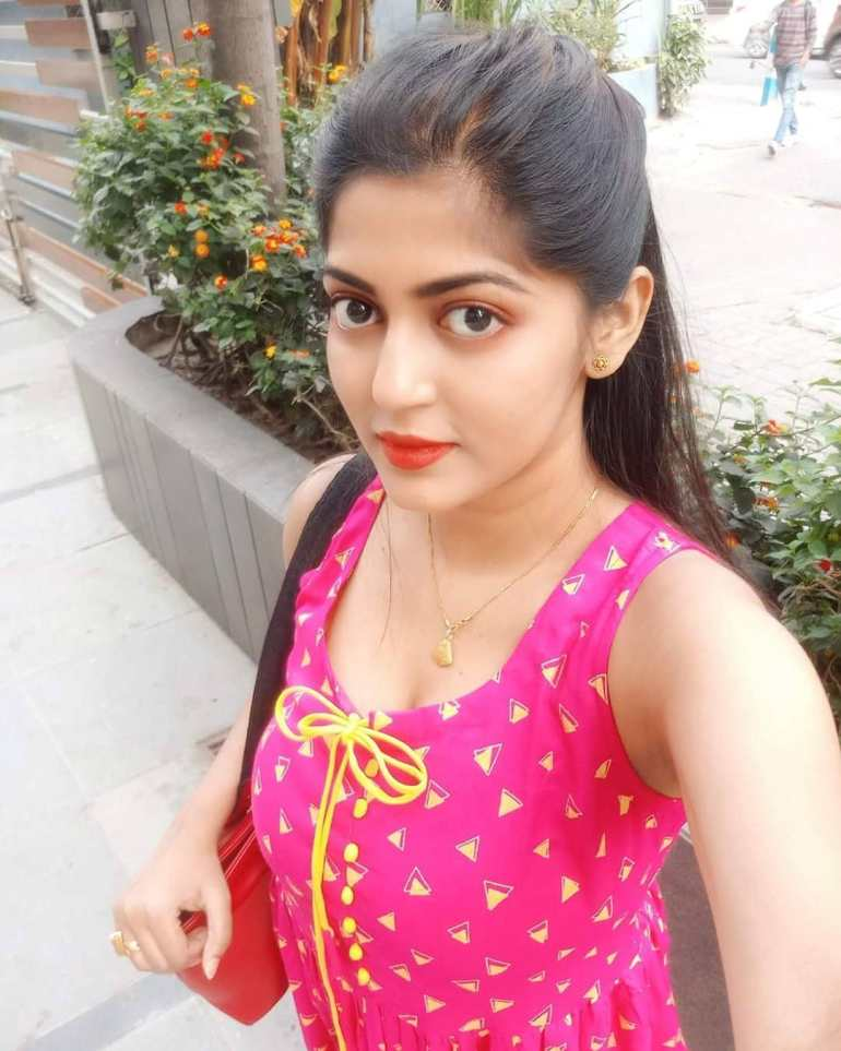 Triya Das Wiki, Age, Biography, Movies, and Beautiful Photos 114