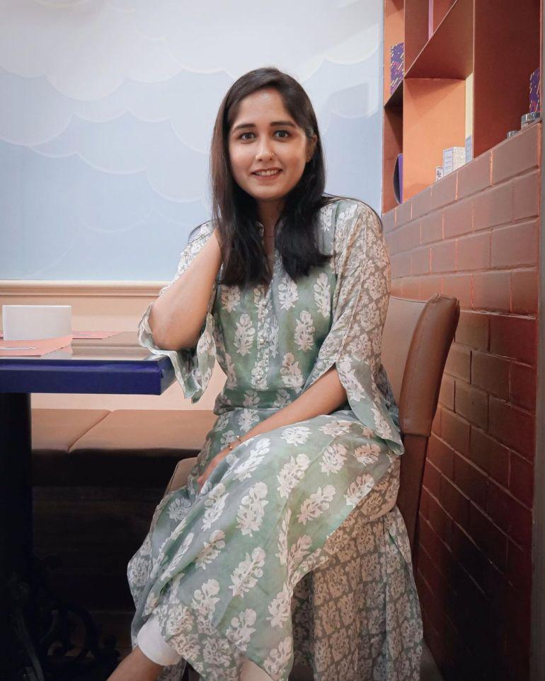 Haritha Parokod Wiki, Age, Biography, Movies, and Beautiful Photos 123