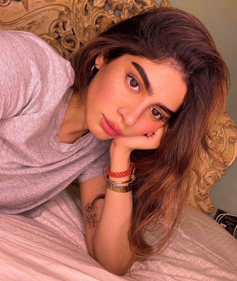 Khushi Kapoor Bio, Age, Wiki, Height, Web Series, and beautiful Photos 125