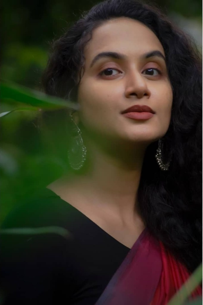 Nileen Sandra Wiki, Age, Biography, Movies, web series, and Gorgeous Photos 109