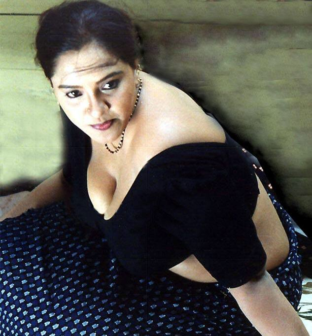 Check out this Popular South Indian B-Grade Glamorous Actresses 148