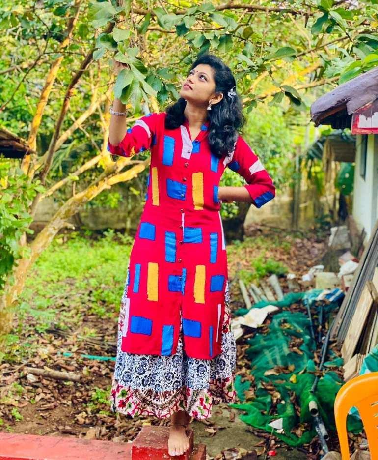 Shruthi Rajanikanth Wiki, Age, Biography, Serial, web series, and Gorgeous Photos 120