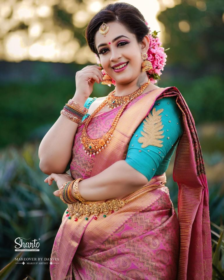 Sowbhagya Venkitesh Wiki, Age, Biography, Movies, web series, and Gorgeous Photos 124