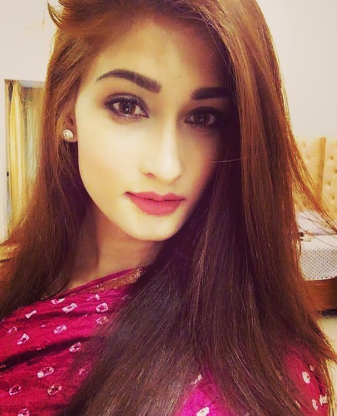 Umme Ahmed Shishir Gorgeous Photos, Wiki, Age, Biography, and Movies 110