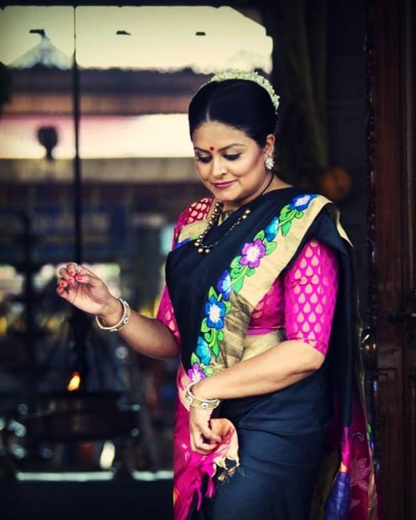 Sabitta George ( Chakkapazham Serial fame) Wiki, Age, Biography, Serial, Movies, and 27+ Beautiful Photos 119