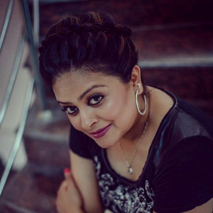 Sabitta George ( Chakkapazham Serial fame) Wiki, Age, Biography, Serial, Movies, and 27+ Beautiful Photos 103