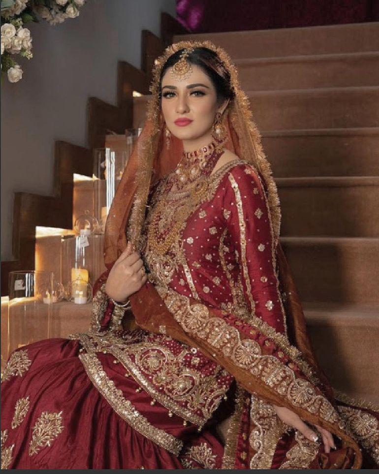 Sarah Khan (Pakistani Actress) Wiki, Age, Biography, Movies, and 21+ Gorgeous Photos 107