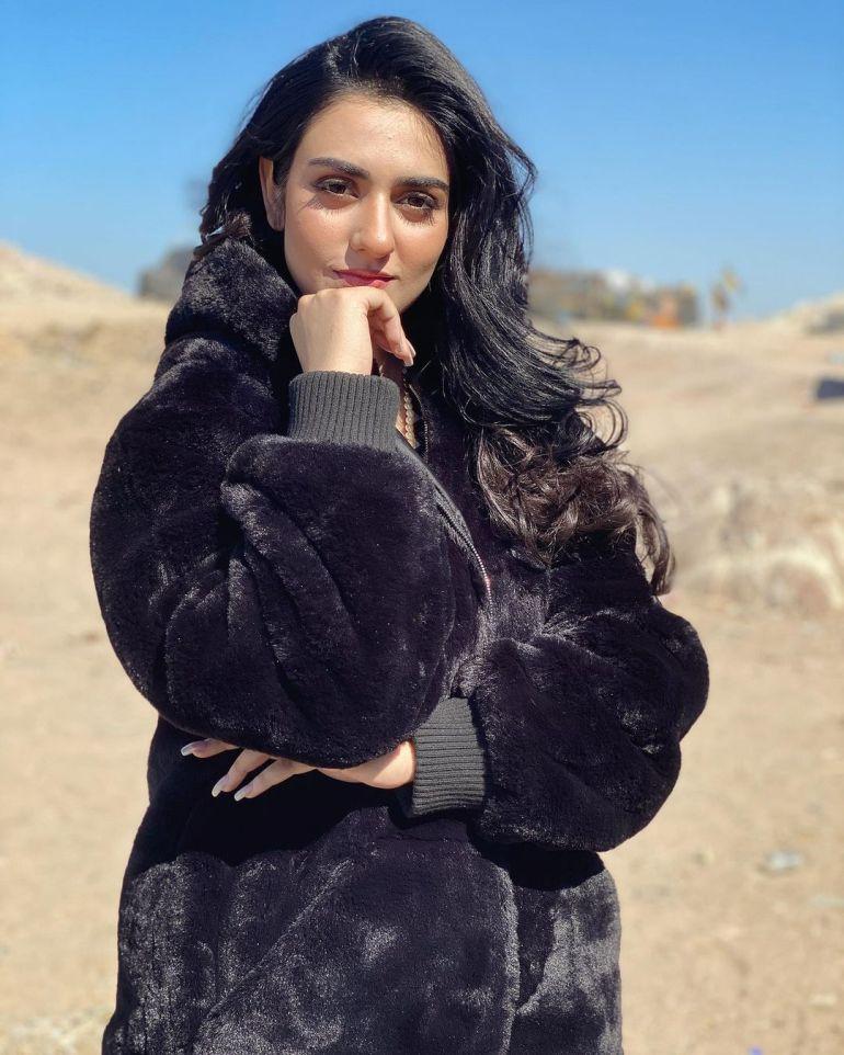 Sarah Khan (Pakistani Actress) Wiki, Age, Biography, Movies, and 21+ Gorgeous Photos 112